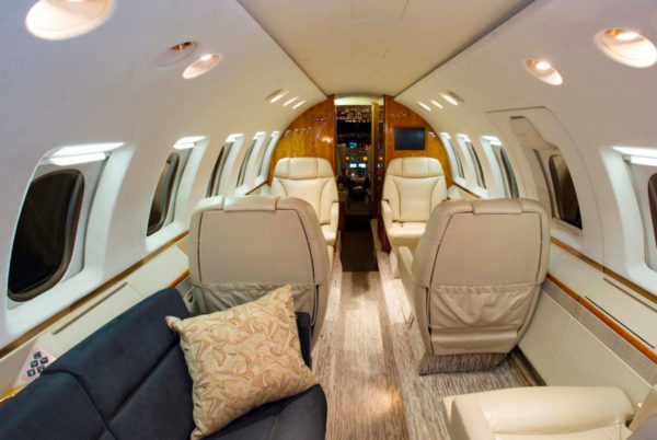 hawker-800xp-interior-1