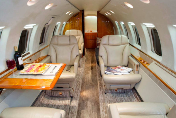 hawker-800xp-interior-4